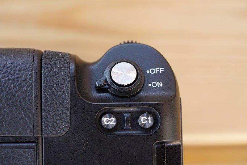 Meike MK-A9 Pro Battery Grip Top Controls