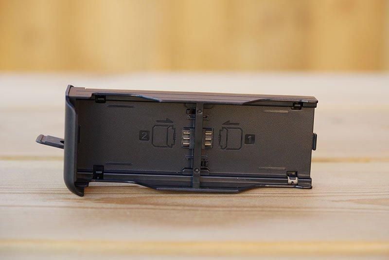Meike MK-A9 Pro Battery Grip Tray