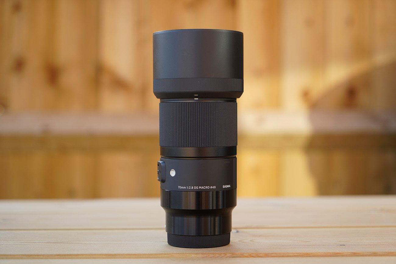 Sigma 70mm F2.8 DG Macro Art Sony E-mount Body