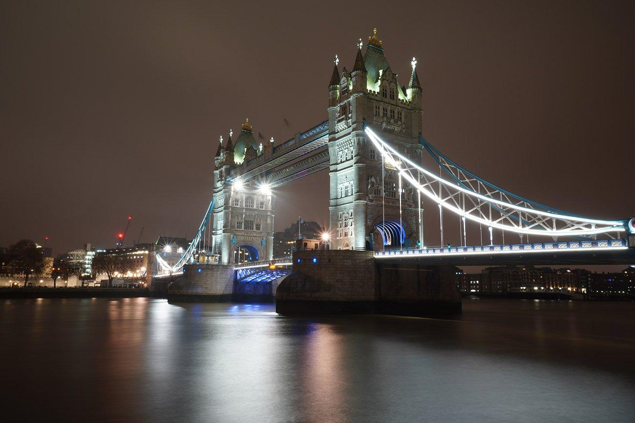 sony a6400 sample image tower bridge london