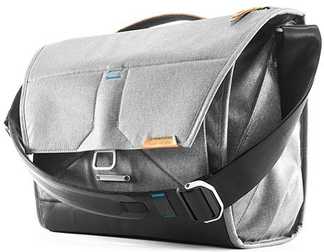 peak design everyday messenger v2 sony a7riv