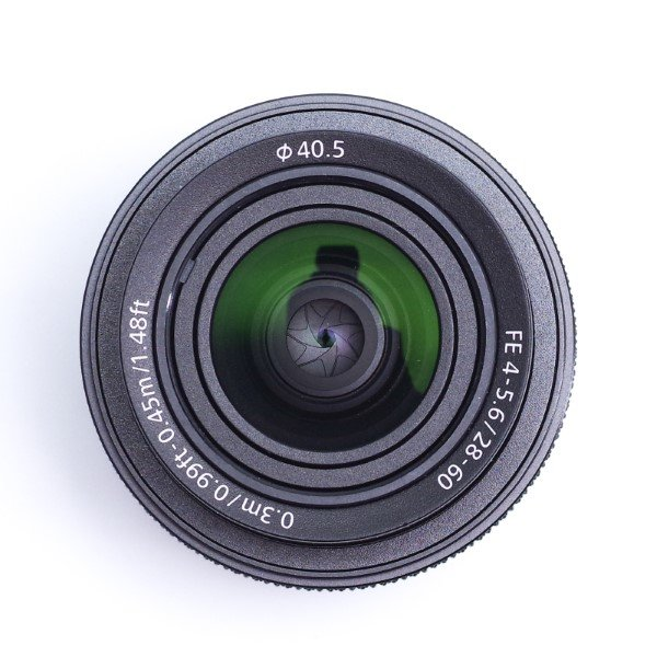Sony FE 28-60mm Front