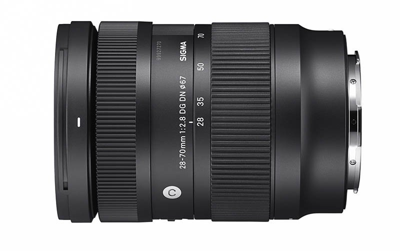 Sigma 28-70mm F2.8 DG on Camera DN Lens Compact