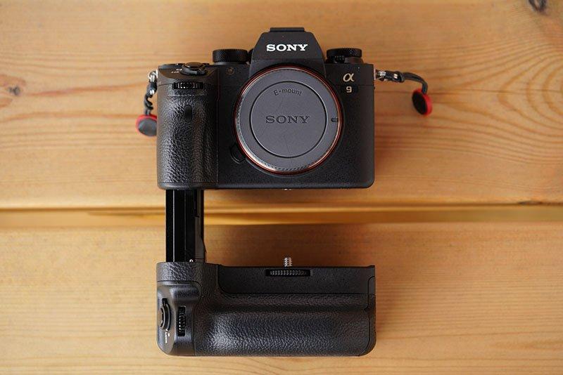 sony vg-c3em battery grip attaching